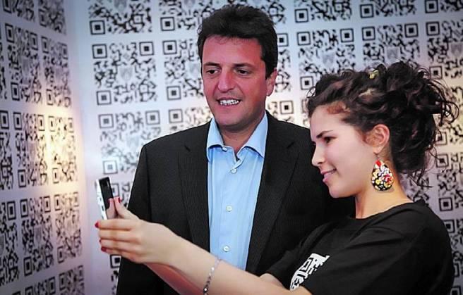 'Get Lucky'. Massa apunta a ser el candidato de las Redes Sociales.